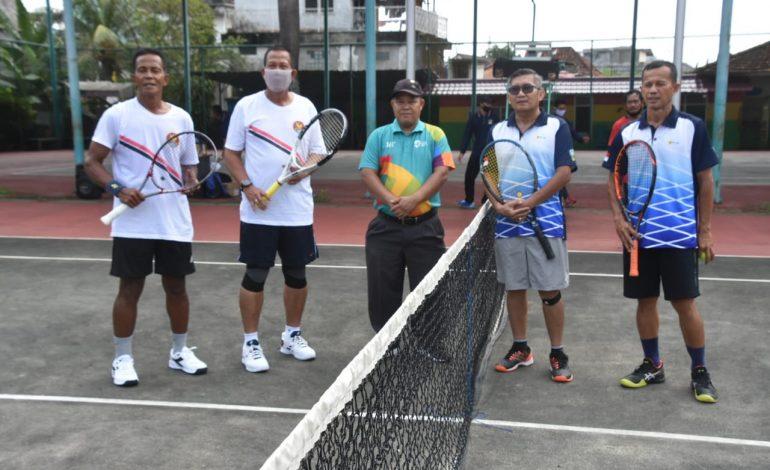 Danrem 044/Gapo Hadiri Turnamen Tenis Lapangan Piala Pangdam II Cup Sumbagsel 2020