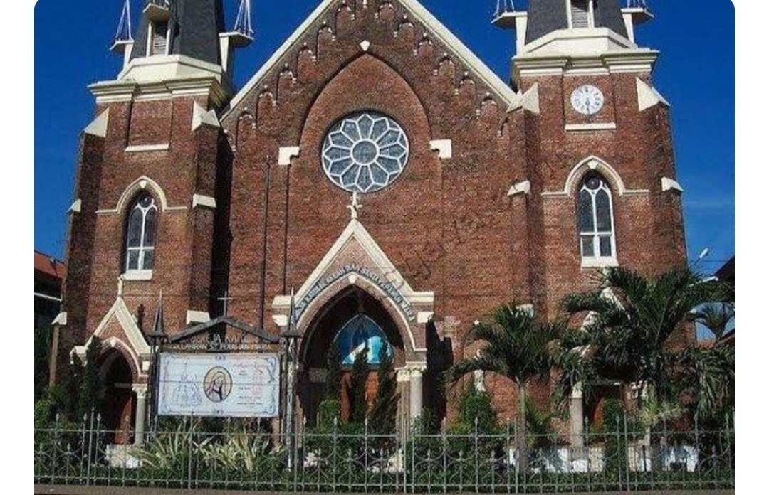 Kenali 9 Gereja Terunik dan Terbaik Sesuai Rekomendasi Bersejarah di Indonesia