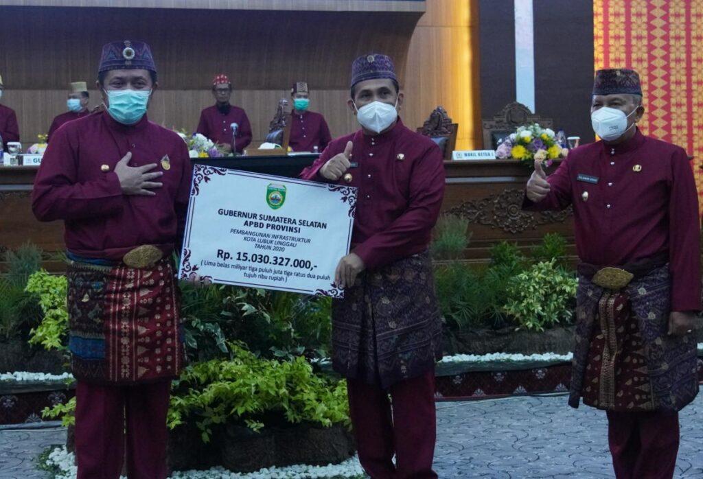 Gubernur Sumsel Beri Bantuan 15 Miliar Pembangunan Jalan dan Wisata Petanang di Lubuklinggau