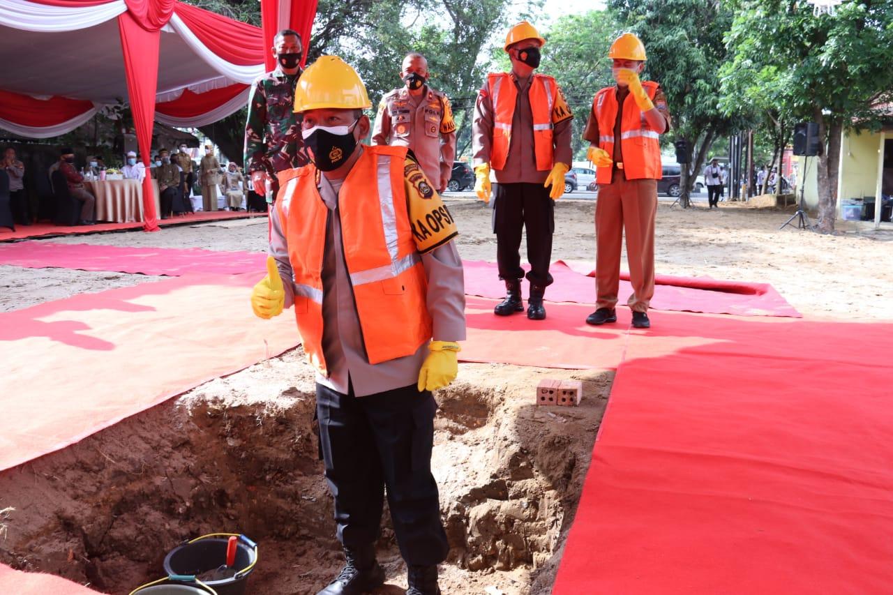 Kapolda Sumsel Hadiri Pembangunan Mako Polsek IB II & IT III di Palembang